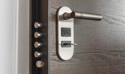 Los robos en el hogar se incrementan un 6,7% durante el verano, según Mapfre