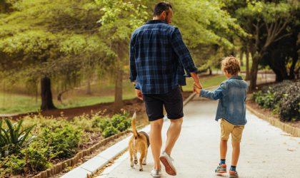 ¿Hasta dónde puedo salir a pasear con los niños?