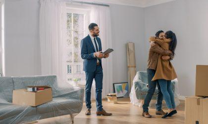 Vender un piso para comprar otro: trucos para no perder la venta, la compra y las arras