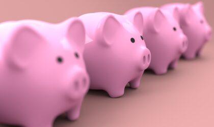 y solo el 45,7% consigue ahorrar un poco o bastante dinero cada mes