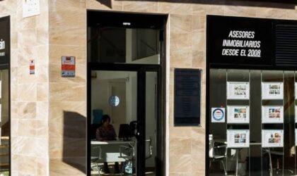 El interés por la profesión de agente Inmobiliario crece en España según los últimos datos de empleo señalados por la Asociación Madrileña de Empresas Inmobiliarias (Amadei), que considera necesaria una mayor profesionalización.